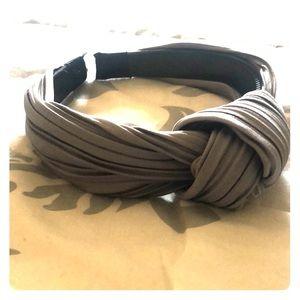 VICI Grey headband